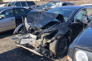 """""""全球首例""""! Model 3 撞毁事故出现"""