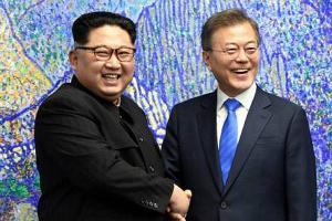 奔驰现代唱主角 韩朝首脑会晤用车盘点