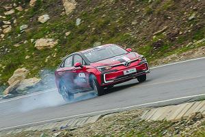 [视频] 环青海湖电动汽车挑战赛-爬坡测试