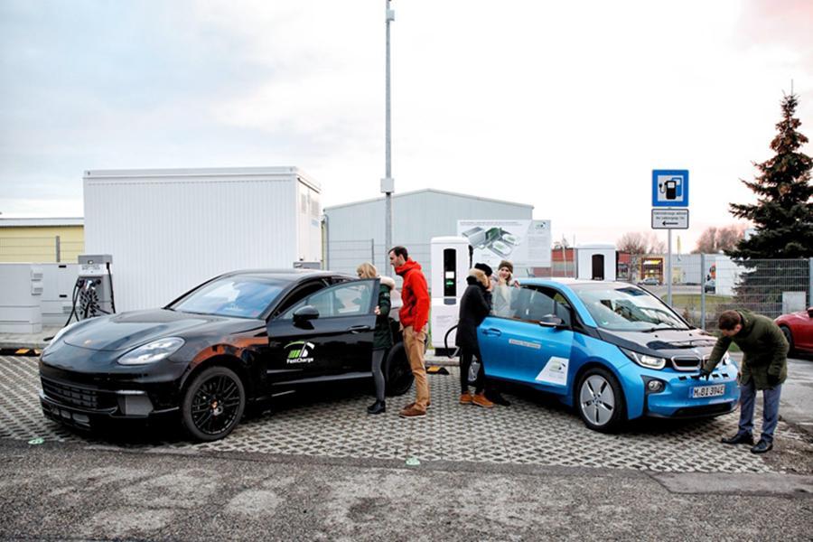 充电3分钟/跑100km 宝马和保时捷推新充电站