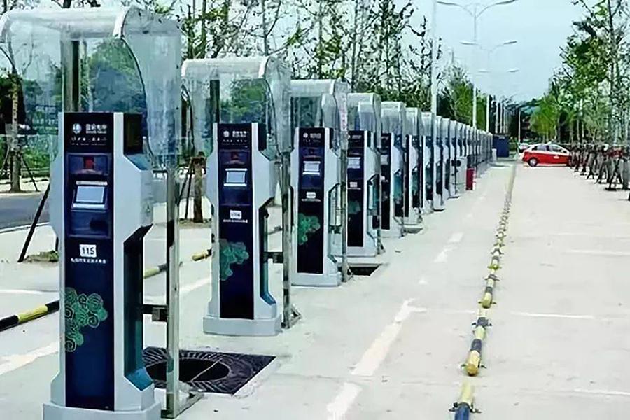 国内电动汽车充电桩已建成近73万个