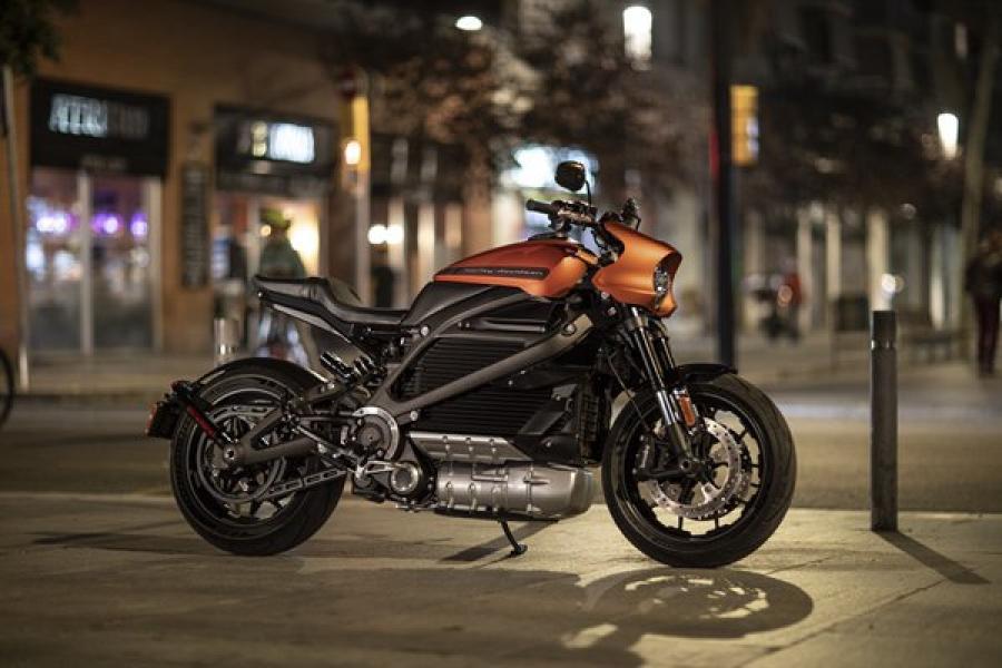 哈雷戴维森公布首款纯电动摩托车LiveWire